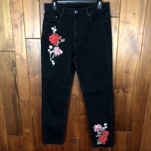 Divided Embroidered Rose Jeans